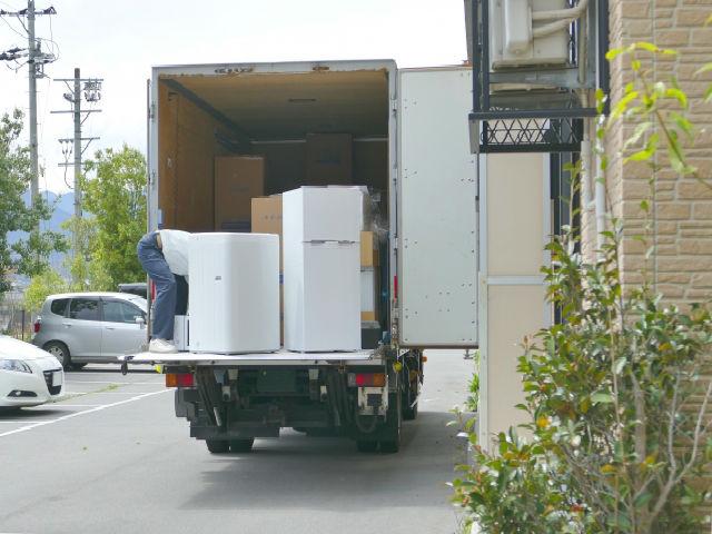 2トントラック2
