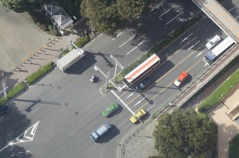 交差点のトラック