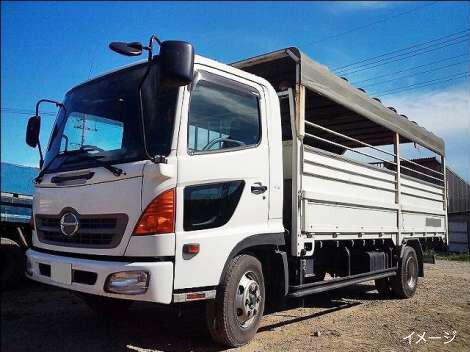 家畜運搬車の特徴